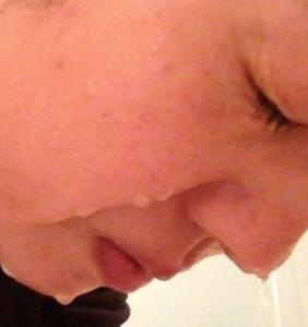 頬が重力に逆らえずにたるんでいる!の写真…。