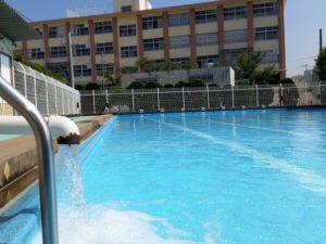 小学生の夏 プールで日焼け止めだめ