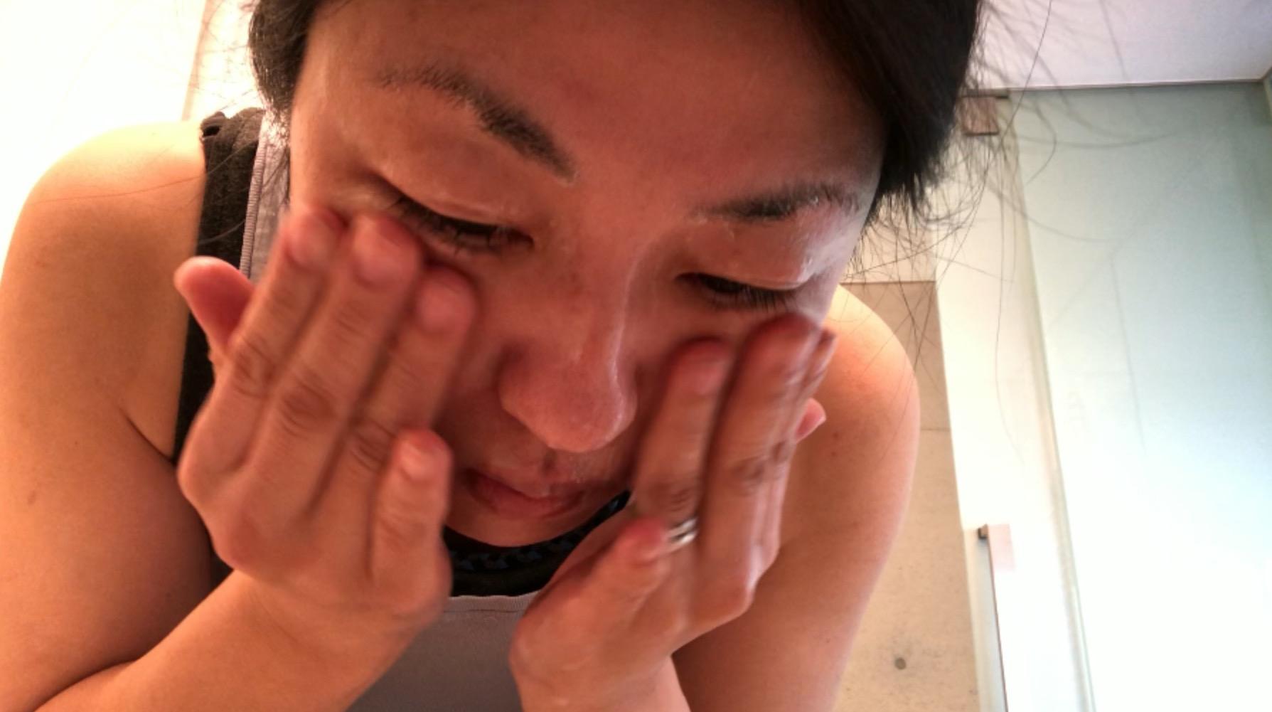 ar肌-アラハダ_優しく洗顔。ビーグレンのクレイウォッシュは、泡だてません。