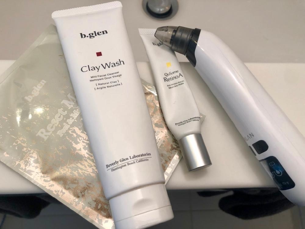 非売品のb.glenリ・セットマスク(ピーリング)。クレイウォッシュと小鼻の皮脂の吸引、Cセラムが特に有効